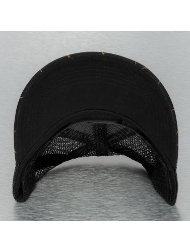 Djinns Trucker Cap Hunter High Fitted in schwarz