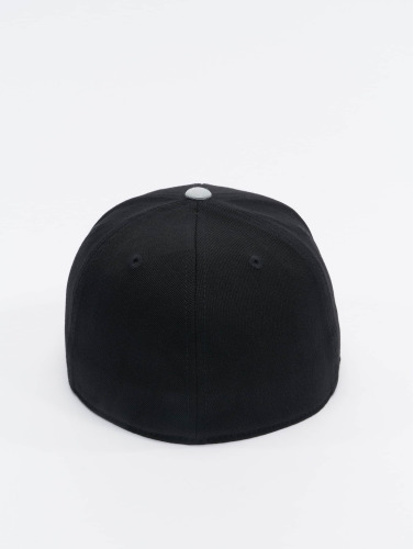 Flexfit <small>    Flexfit   </small>   <br />   ted Cap Premium 210 Two Tone in schwarz