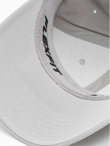 Flexfit <small>         Flexfit     </small>     <br />     ted Cap Wooly Combed in silberfarben