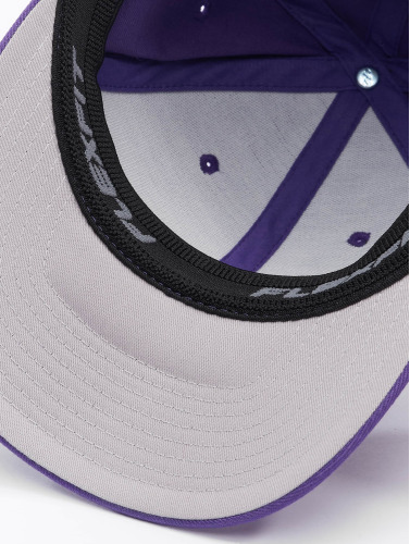 Flexfit <small>         Flexfit     </small>     <br />     ted Cap Wooly Combed in violet