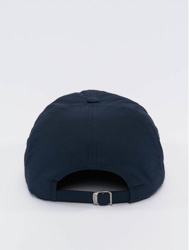 Flexfit Snapback Cap Low Profile Water Repellent in blau