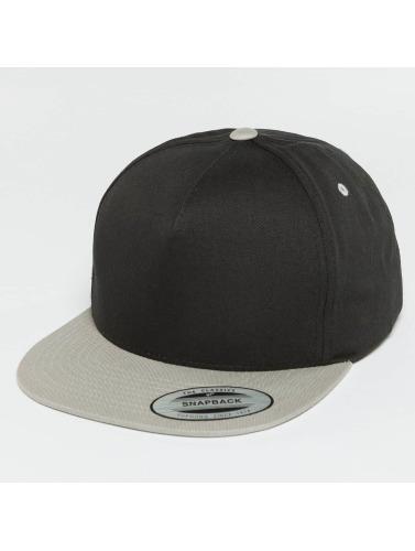 Flexfit Snapback Cap Classic 5 in schwarz