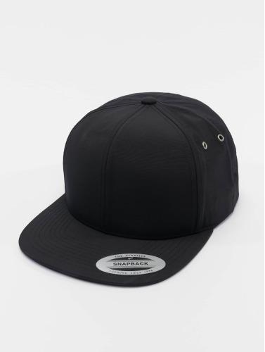 Flexfit Snapback Cap Water Repellant in schwarz