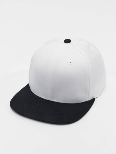Flexfit Snapback Cap 110 in weiß