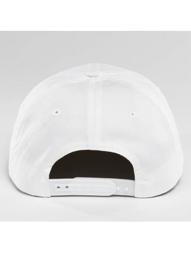 Flexfit Snapback Cap Curved Classic in weiß