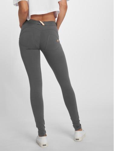 Freddy Damen Slim Fit Jeans Regular Waist in grau