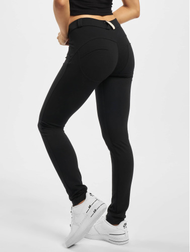 Freddy Damen Slim Fit Jeans Regular Waist in schwarz