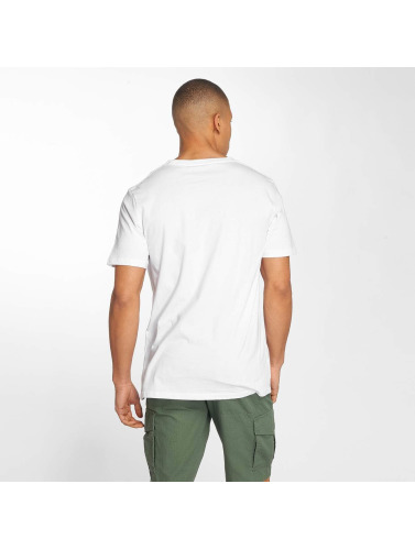 Globe Hombres Camiseta Winson in blanco