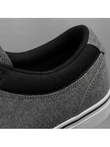 Globe Hombres Zapatillas de deporte GS in negro