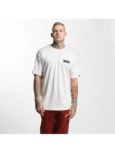 Grimey Wear Hombres Camiseta Overcome Gravity in gris