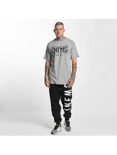 Grimey Wear Hombres Camiseta The Gatekeeper in gris