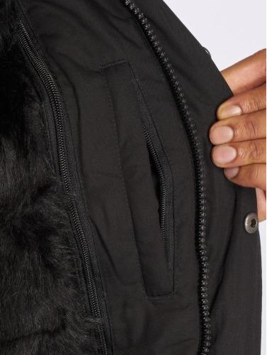 Grimey Wear Hombres Chaqueta de invierno Pamir Peaks in negro