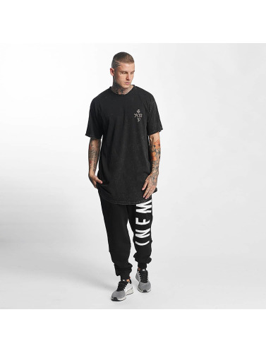 Grimey Wear Hombres Tall Tees Hi Jack in negro