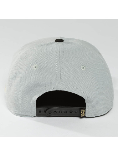 Hands of Gold Snapback Cap GM in grau