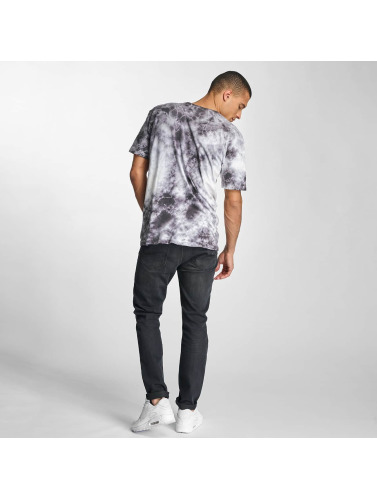 HUF Herren T-Shirt Crystal Wash Triple Triangle in grau