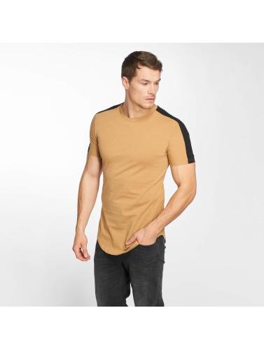 John H Hombres Camiseta Jonas in marrón