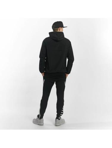 Jordan Hombres Chaqueta de entretiempo Sportswear Wings in negro