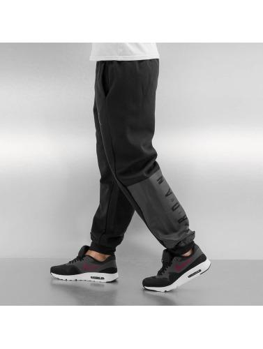 Jordan Herren Jogginghose Jumpman Brushed With Cuff in schwarz