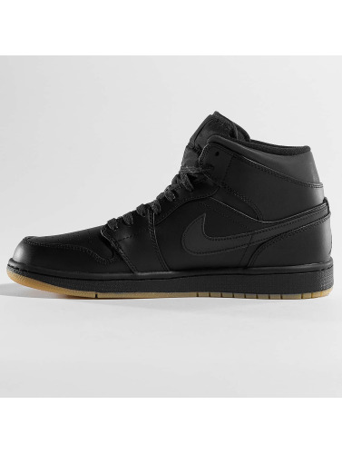 Jordan Herren Sneaker Air 1 Mid Winterized in schwarz
