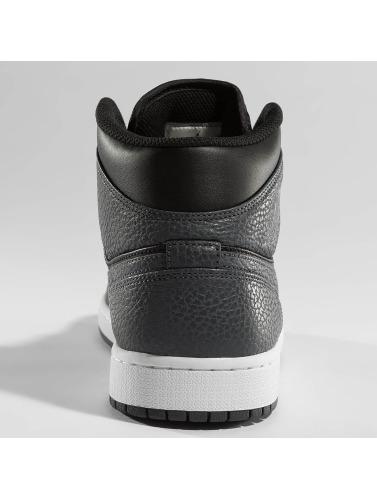 Jordan Herren Sneaker 1 Mid in schwarz