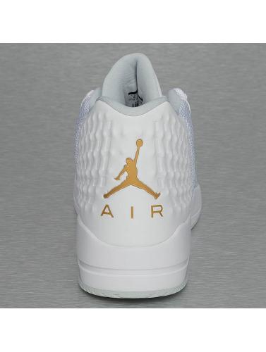 Jordan Herren Sneaker Academy in weiß