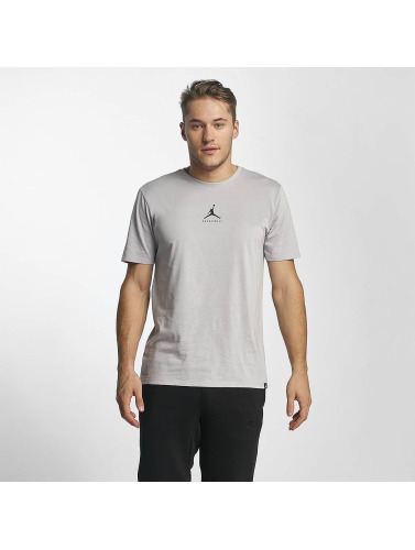 Jordan Herren T-Shirt 23/7 Basketball in grau