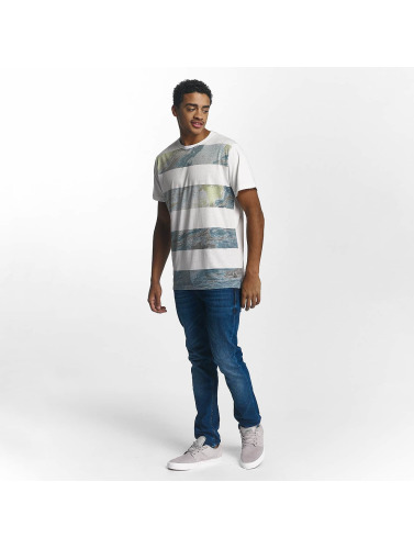Just Rhyse Hombres Camiseta Cayton in blanco