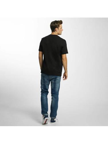 Lacoste Hombres Camiseta Original in negro