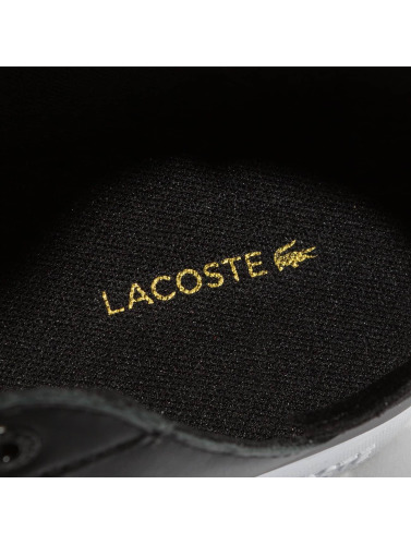 Lacoste Hombres Zapatillas de deporte Novas CT in negro