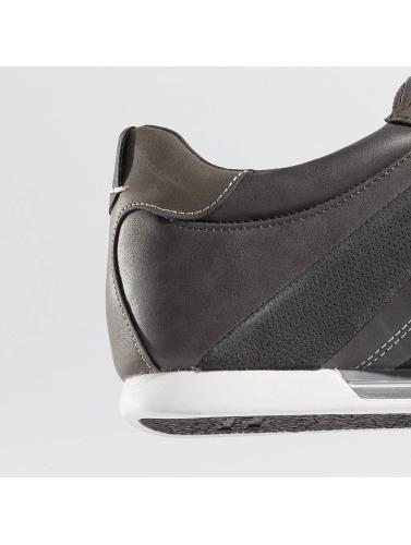 Levis® Gentleman Sneaker Turlock In Grau