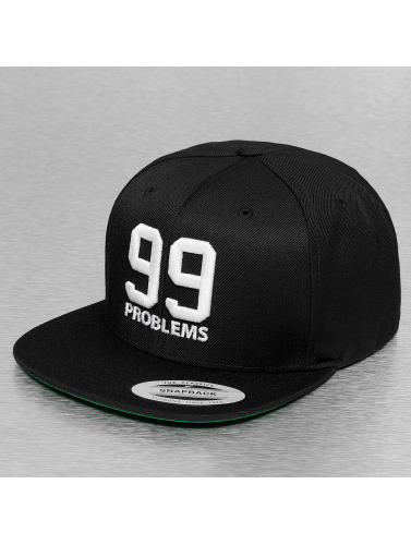 Mister Tee Snapback Cap 99 Problems in schwarz