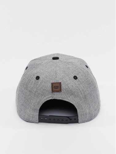 MSTRDS Snapback Cap A Letter in grau