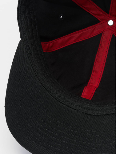 MSTRDS Snapback Cap T Letter in schwarz