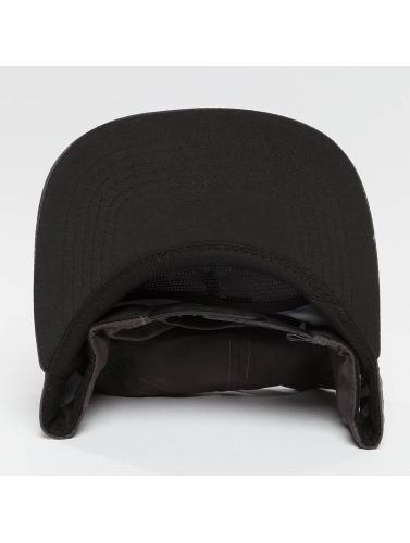 NEFF Snapback Cap Cronies in schwarz