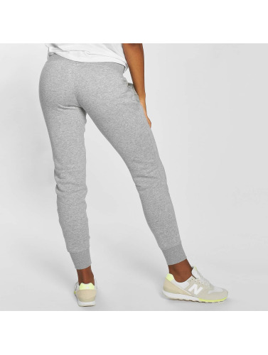 new balance jogginghose damen