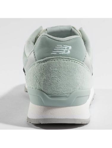 New Balance Damen Sneaker WR 996 WPM in grün