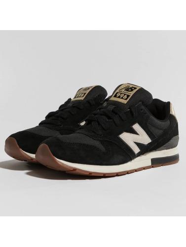 New Balance Herren Sneaker MRL996 in schwarz