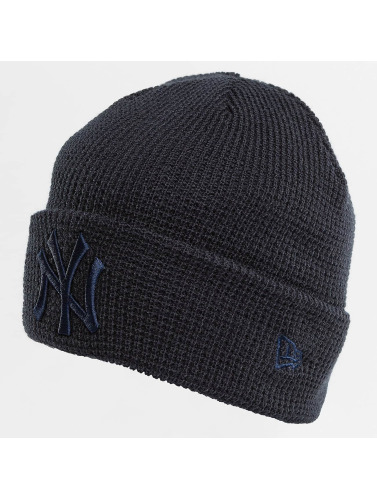 New Era Beanie <small>    New Era   </small>   <br />    Essential Waffle Knit NY Yankees Beanie in blau
