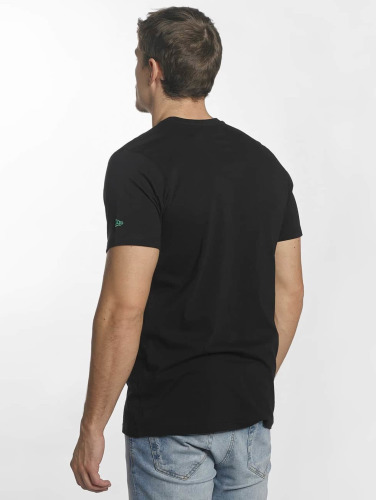 New Era Hombres Camiseta Team Logo Boston Celtics in negro