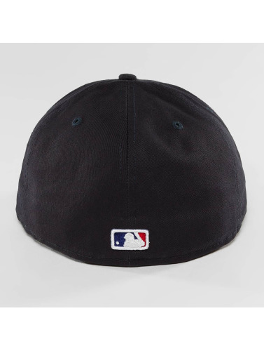 New Era Fitted Cap League Essential Atlanta Braves 59Fifty in blau