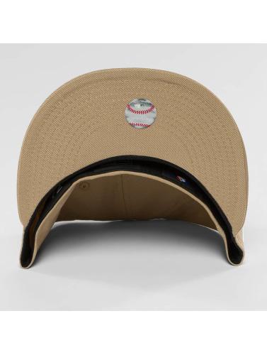 New Era Fitted Cap League Essential LA Dodgers 59Fifty in braun