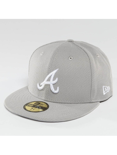 New Era Fitted Cap Diamond Era Essential Atlanta Braves 59Fifty in grau