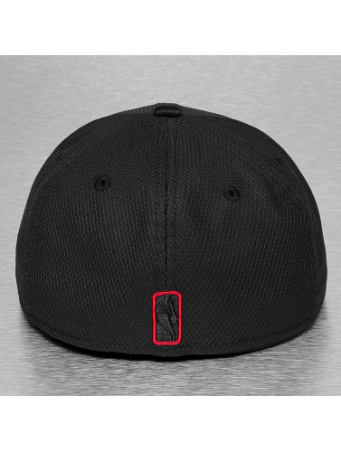 New Era Fitted Cap Diamond Era Prene Chicago Bulls in schwarz