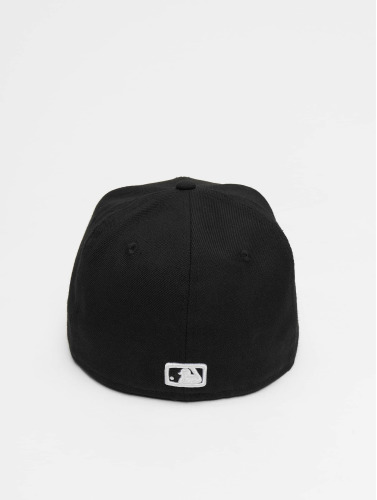 New Era Fitted Cap MLB Basic NY Yankees in schwarz