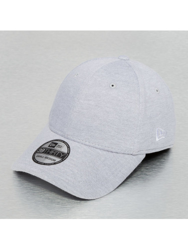 New Era Flexfitted Cap Basic in grau