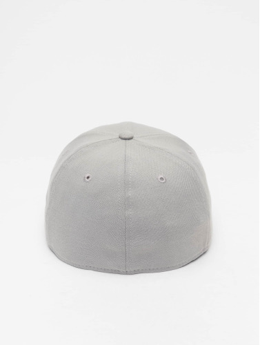 New Era Flexfitted Cap Basic in grau