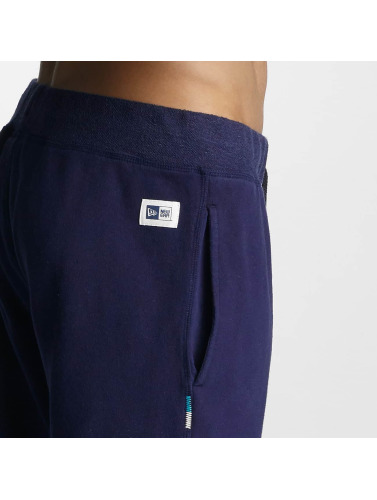 New Era Herren Shorts Sandwash in blau