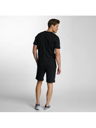 New Era Herren Shorts Team App Oakland Raiders in schwarz