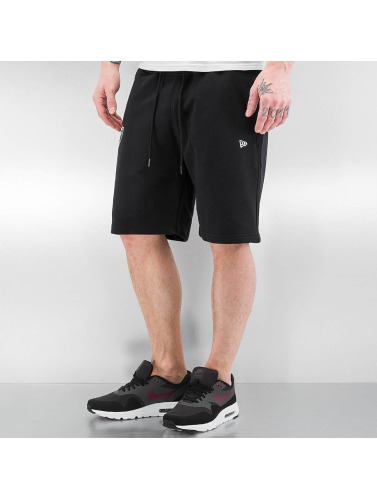 New Era Herren Shorts Team Apparel in schwarz