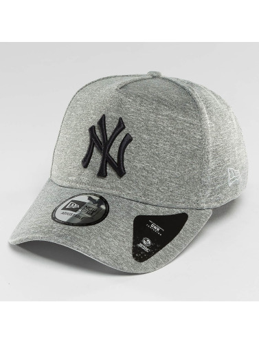 New Era Snapback Cap Jersey Tech A-Frame NY Yankees in grau